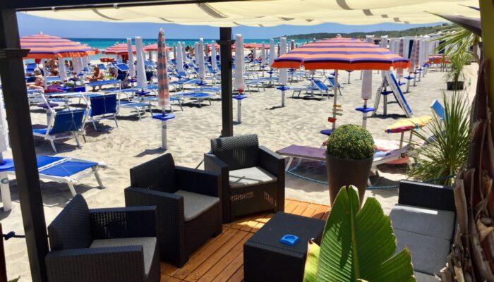 Salottino bar sulla spiaggia 2laghi